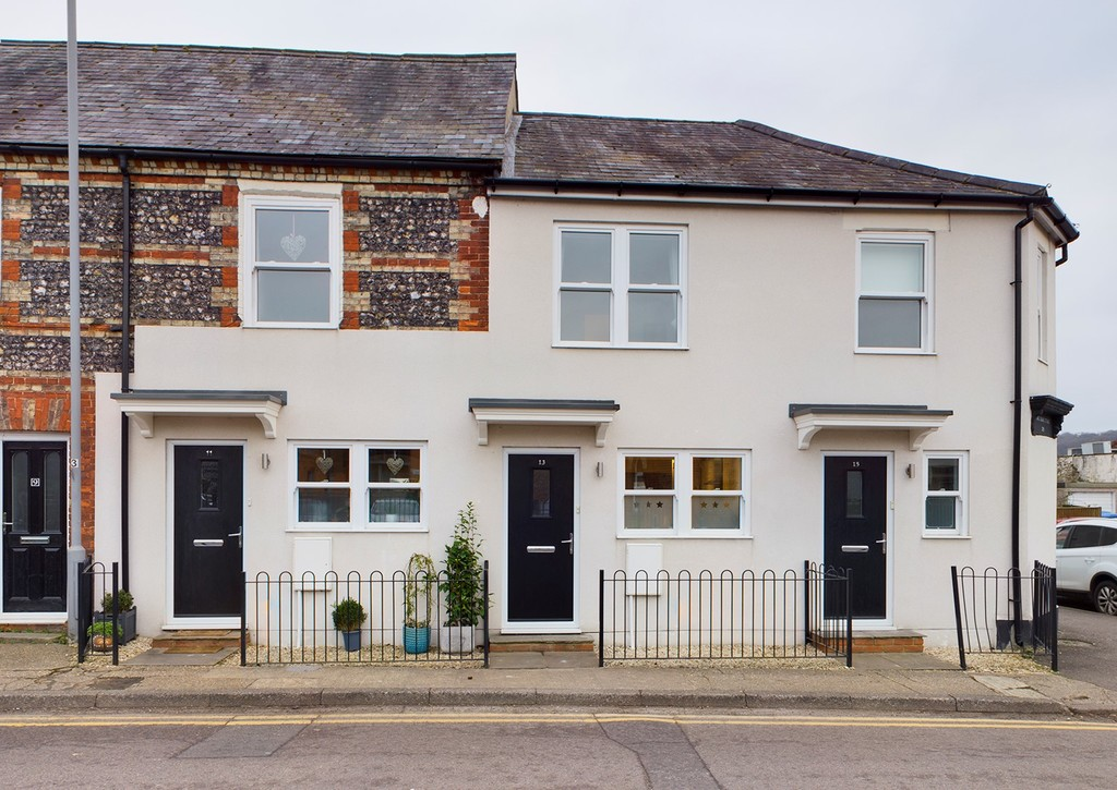 2 bed house for sale in Kings Square Cottages, Abbey Barn Road, HP11