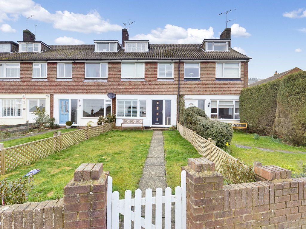 3 bed house for sale in Brackley Road, Hazlemere, HP15