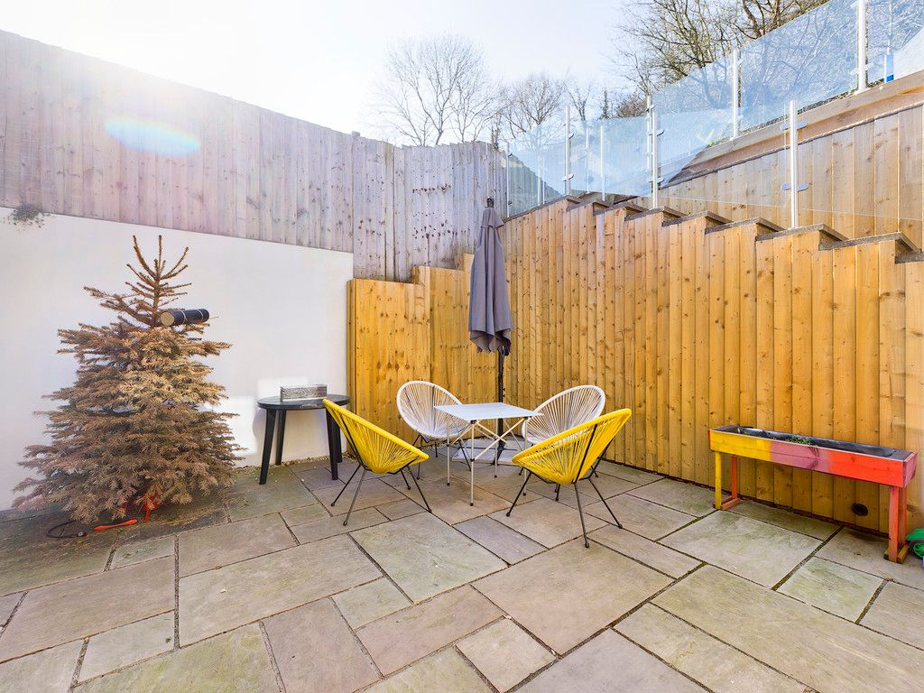 4 bed house for sale in Bay Tree Close, Loudwater 11