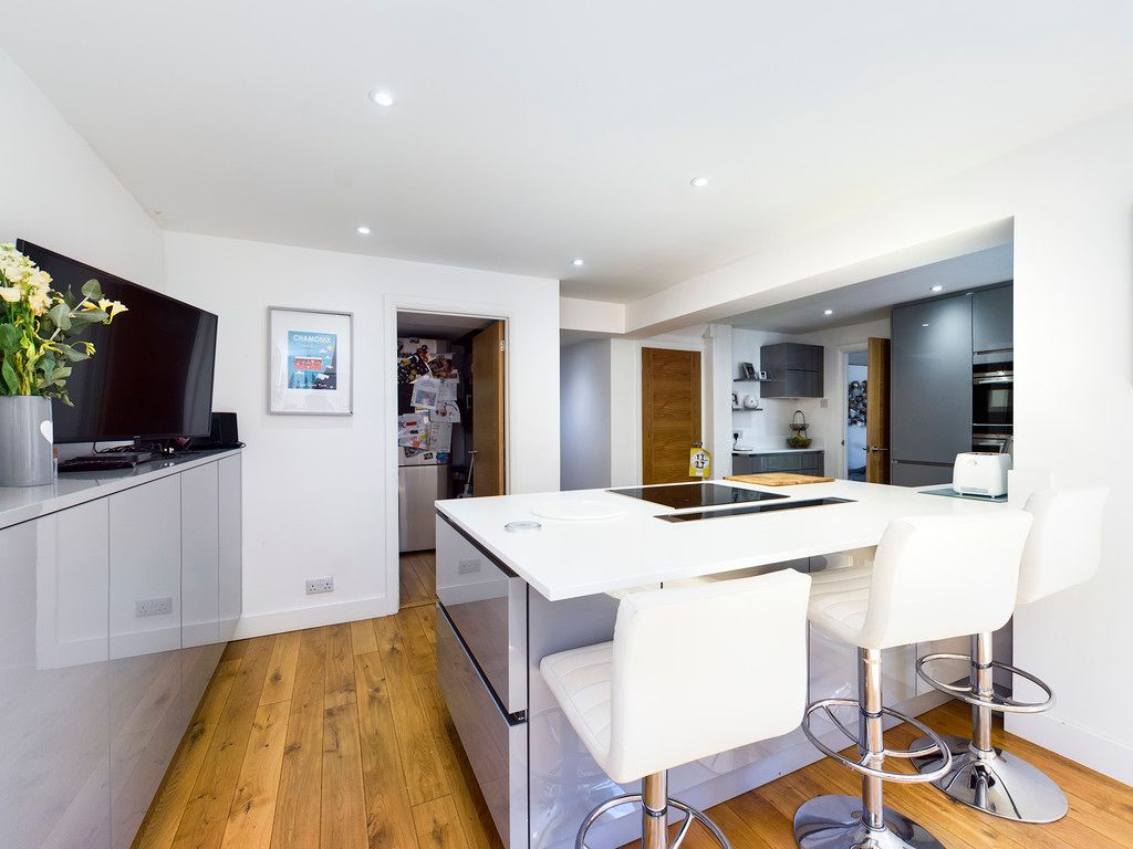 4 bed house for sale in Bay Tree Close, Loudwater  - Property Image 12