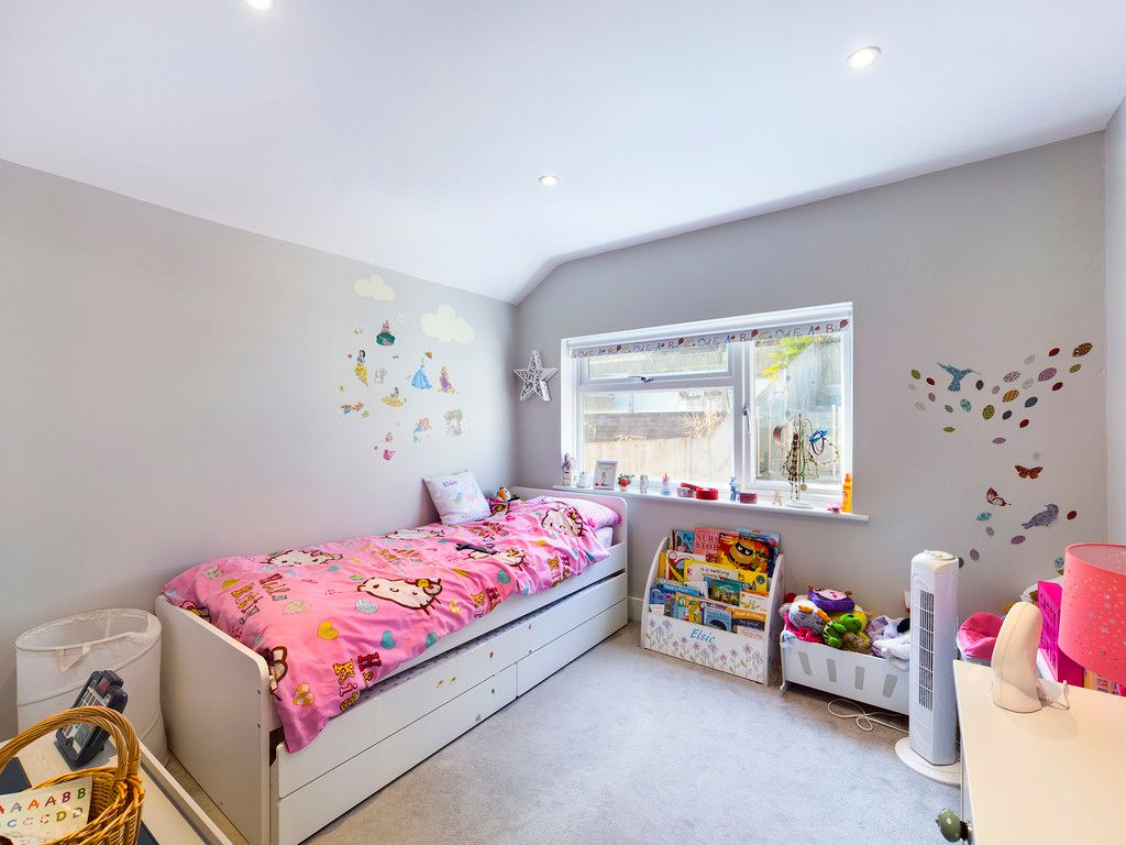 4 bed house for sale in Bay Tree Close, Loudwater  - Property Image 5