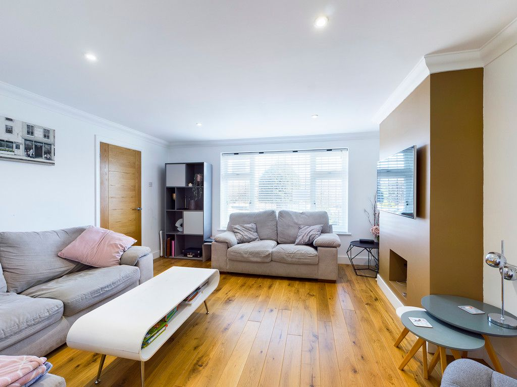 4 bed house for sale in Bay Tree Close, Loudwater  - Property Image 9