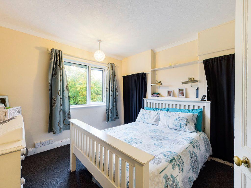 3 bed house for sale in London Road, High Wycombe  - Property Image 6