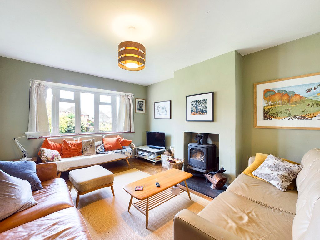 3 bed house for sale in Ashley Drive, Penn, High Wycombe  - Property Image 3