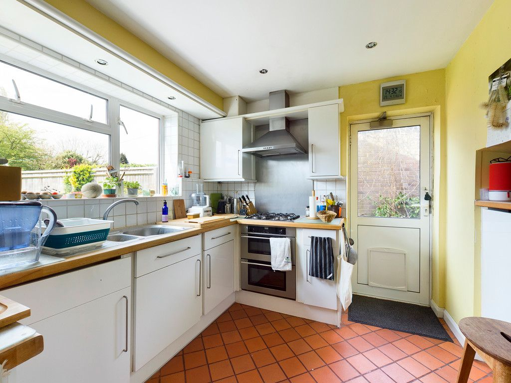 3 bed house for sale in Ashley Drive, Penn, High Wycombe 4