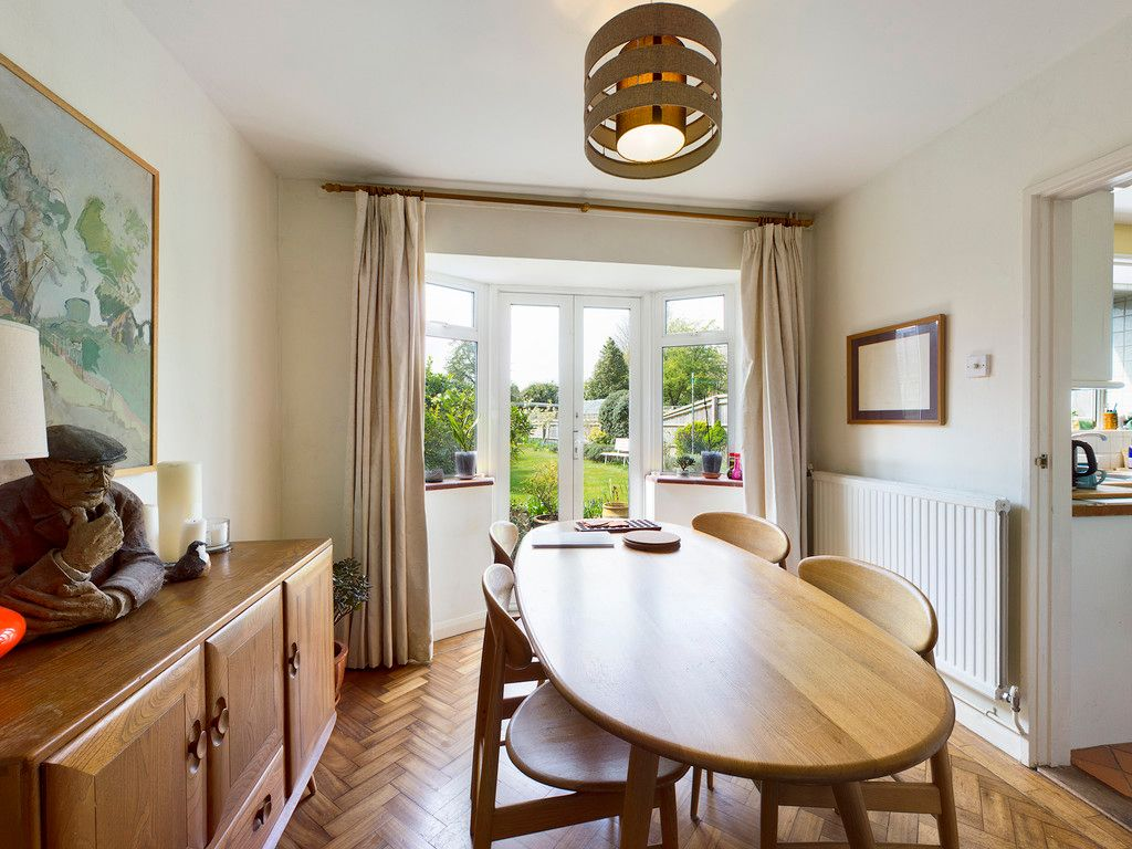 3 bed house for sale in Ashley Drive, Penn, High Wycombe  - Property Image 5