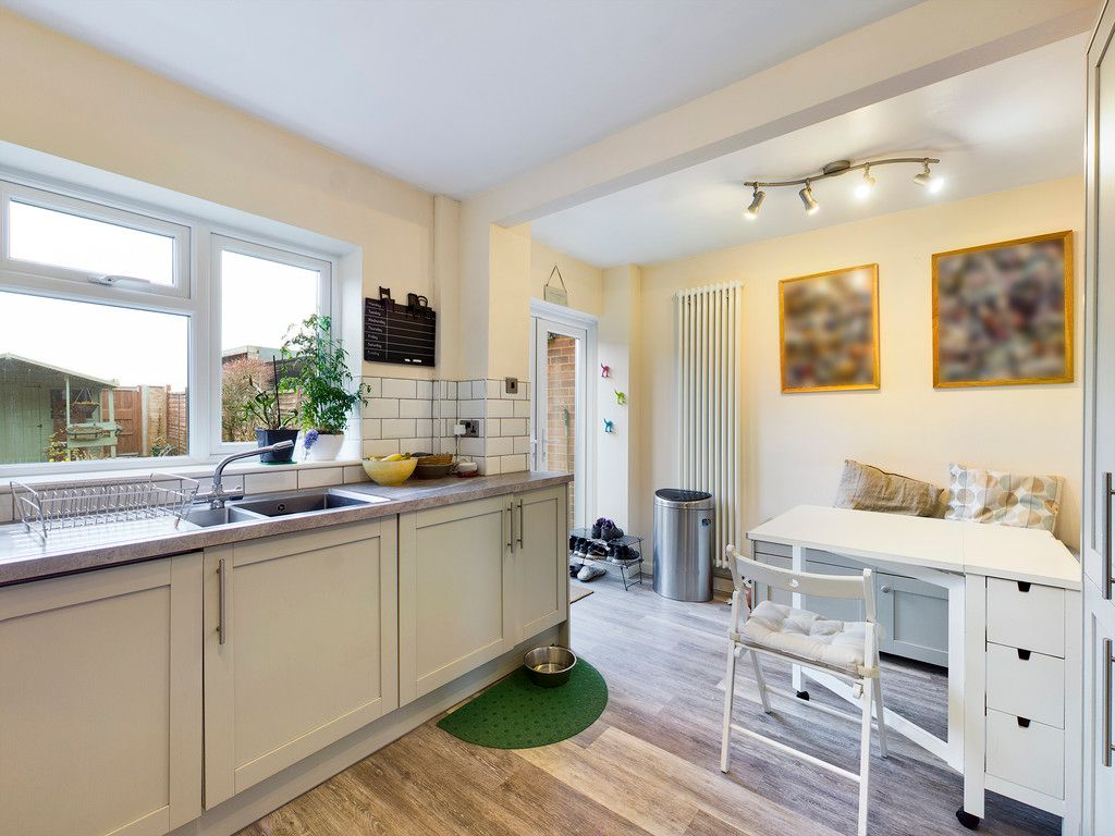 3 bed house for sale in Brackley Road, Hazlemere, High Wycombe  - Property Image 6