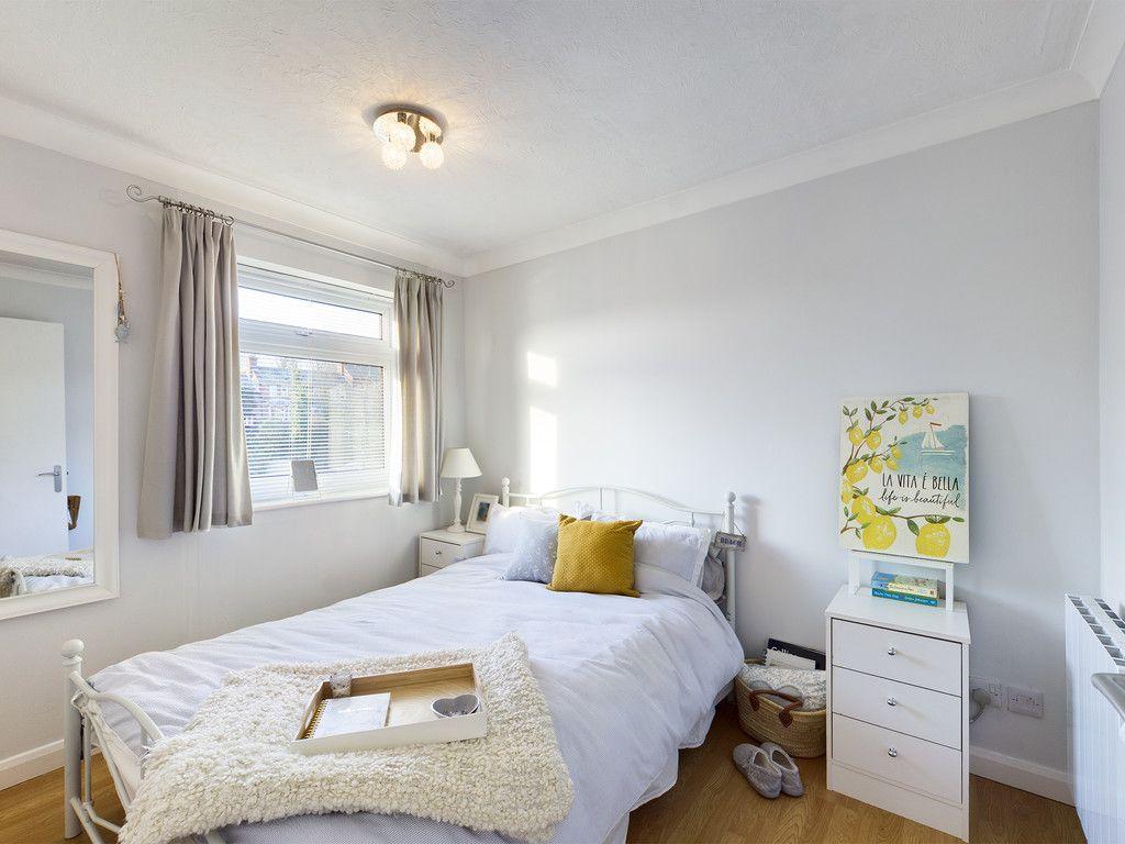 2 bed flat for sale in Broddick House, Brambleside 3