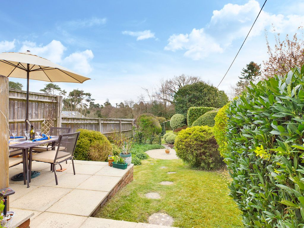 4 bed house for sale in The Common, Downley 13