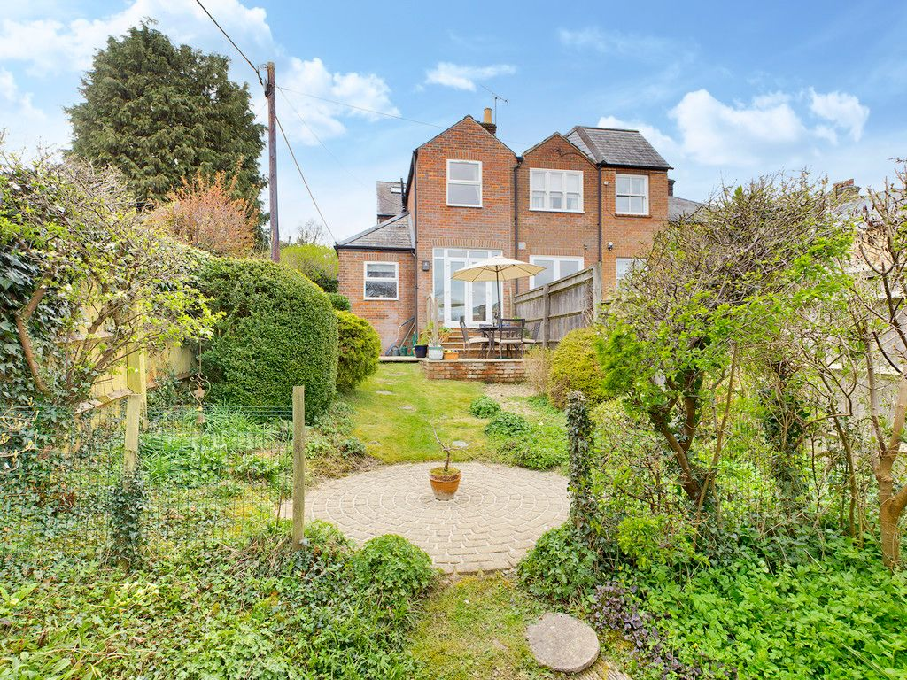 4 bed house for sale in The Common, Downley 14
