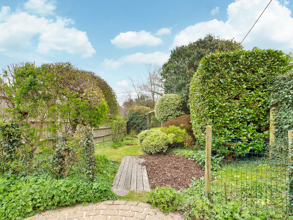 4 bed house for sale in The Common, Downley 3