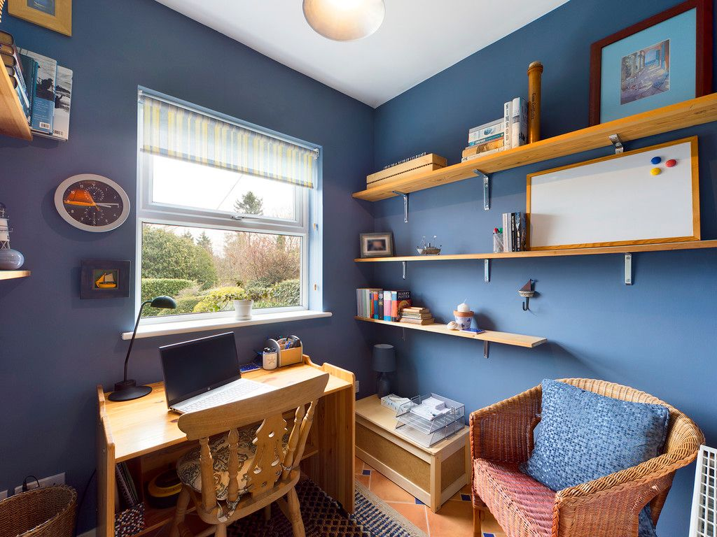4 bed house for sale in The Common, Downley 8