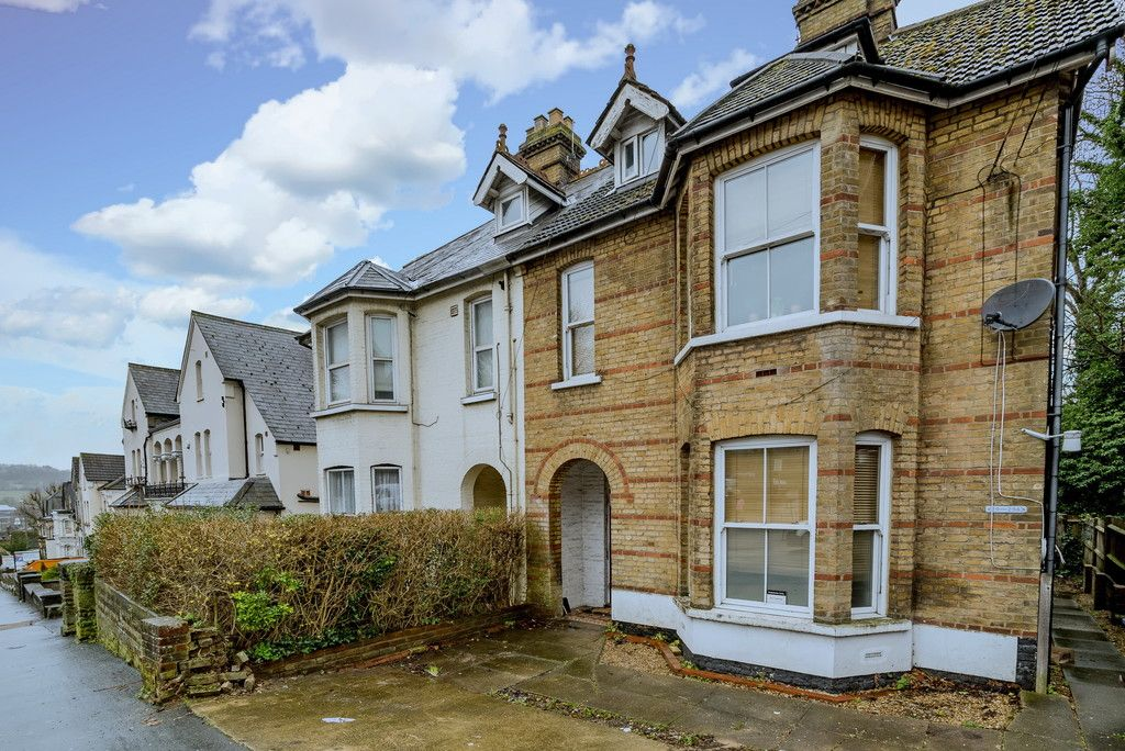 1 bed flat to rent in Amersham Hill, All Bills Included , HP13