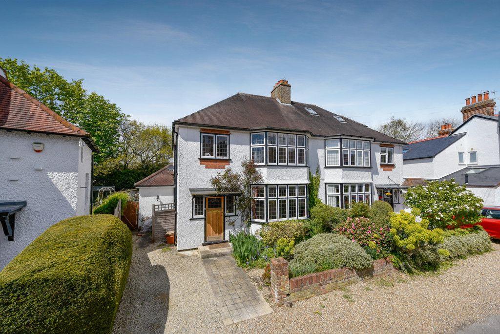 3 bed house for sale in The Queensway, Gerrards Cross 1