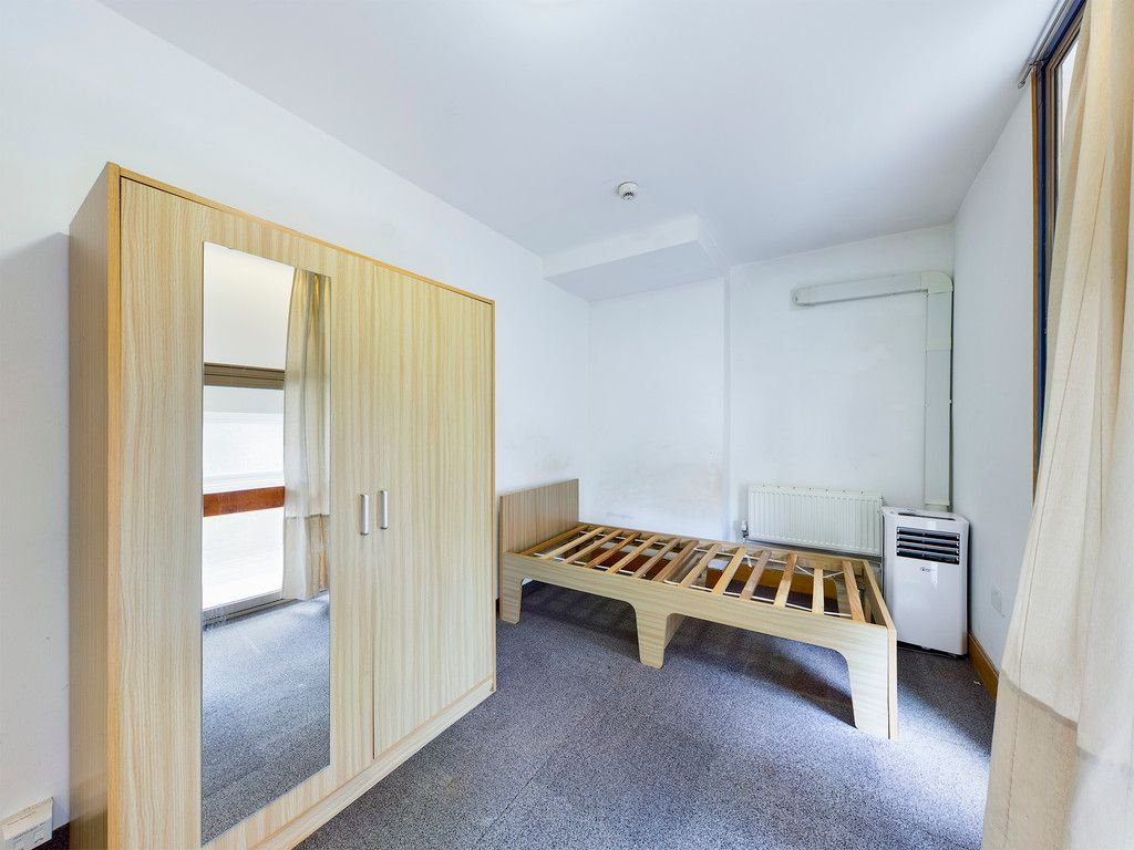 1 bed flat to rent in Frogmoor, High Wycombe, HP13