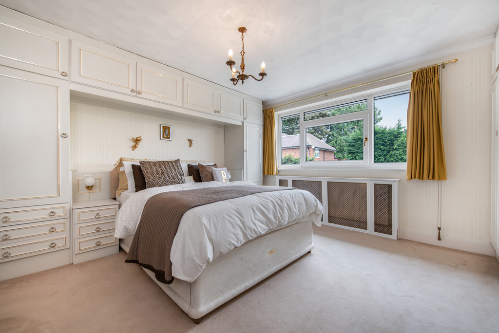 4 bed house for sale in Wyngrave Place, Beaconsfield  - Property Image 12