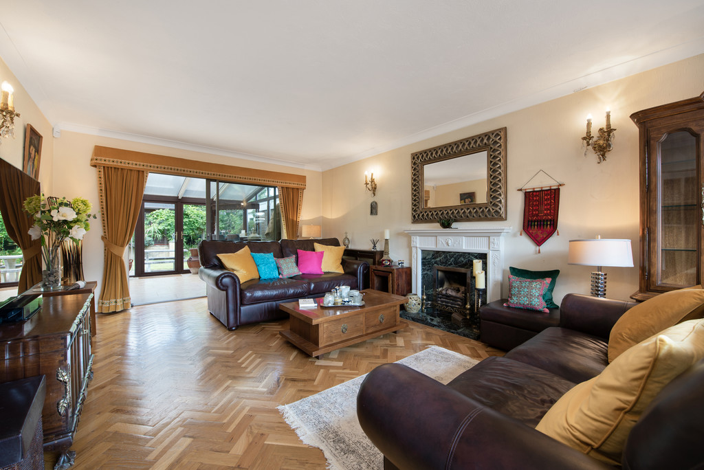4 bed house for sale in Wyngrave Place, Beaconsfield 14