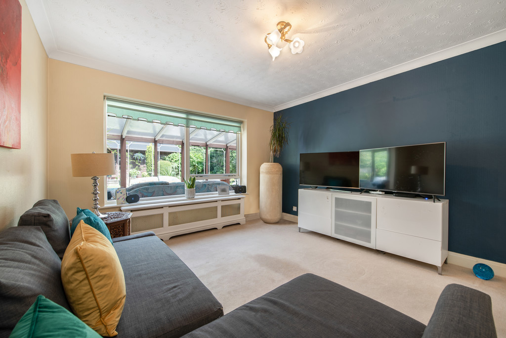 4 bed house for sale in Wyngrave Place, Beaconsfield  - Property Image 15