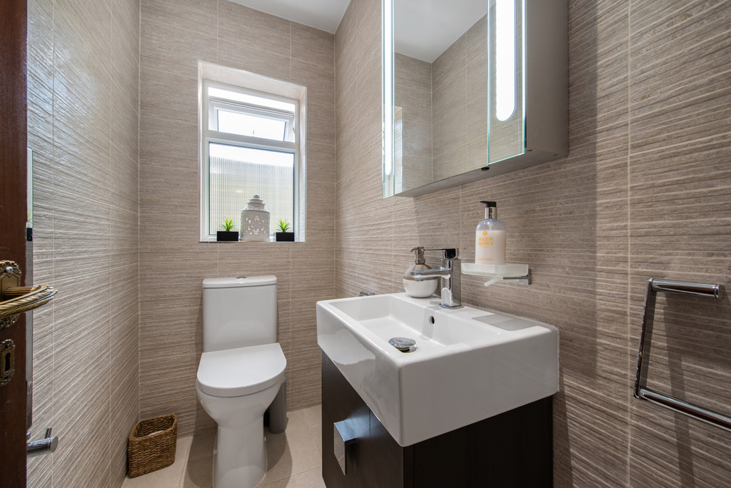 4 bed house for sale in Wyngrave Place, Beaconsfield 16