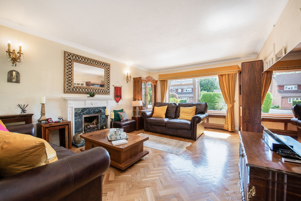 4 bed house for sale in Wyngrave Place, Beaconsfield 4