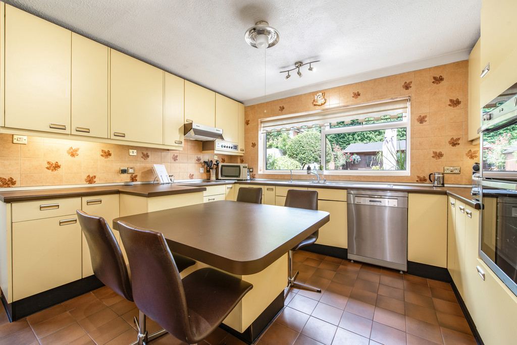 4 bed house for sale in Wyngrave Place, Beaconsfield  - Property Image 7