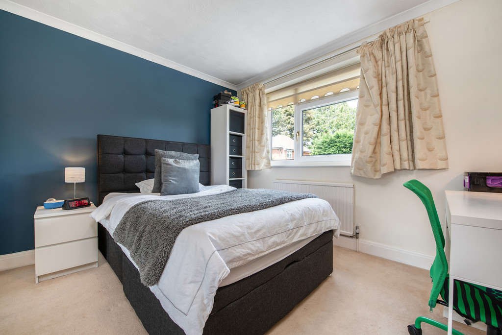 4 bed house for sale in Wyngrave Place, Beaconsfield  - Property Image 10