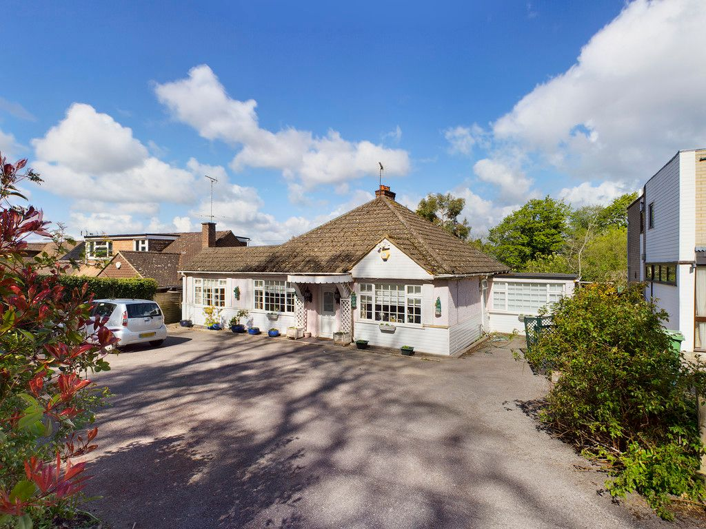 4 bed house for sale in Hammersley Lane, High Wycombe, HP13