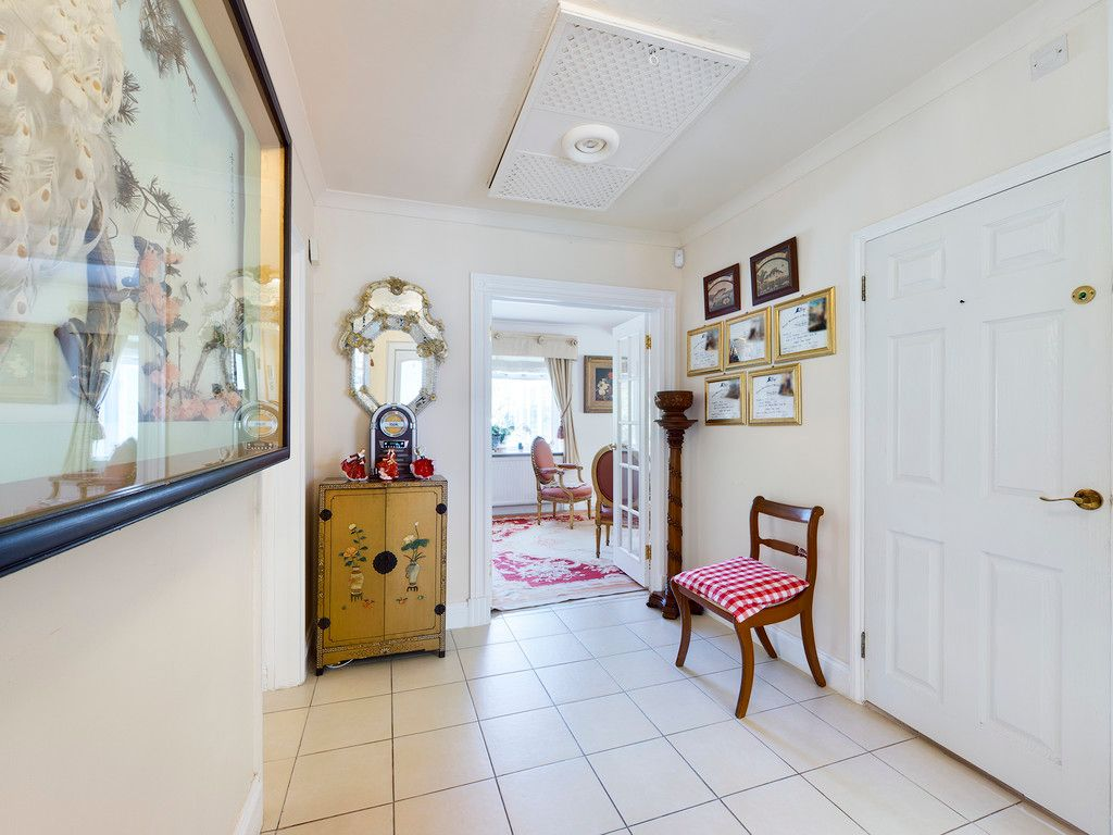 4 bed house for sale in Hammersley Lane, High Wycombe  - Property Image 11