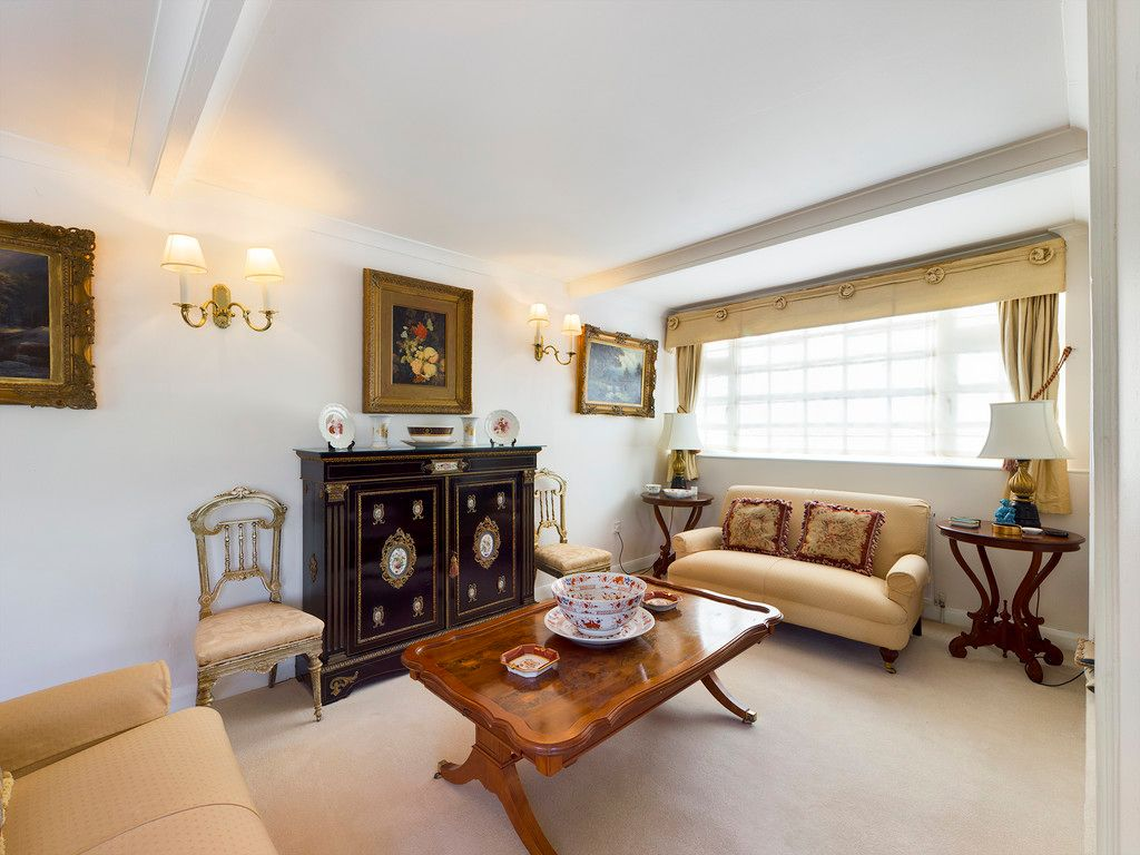 4 bed house for sale in Hammersley Lane, High Wycombe  - Property Image 16