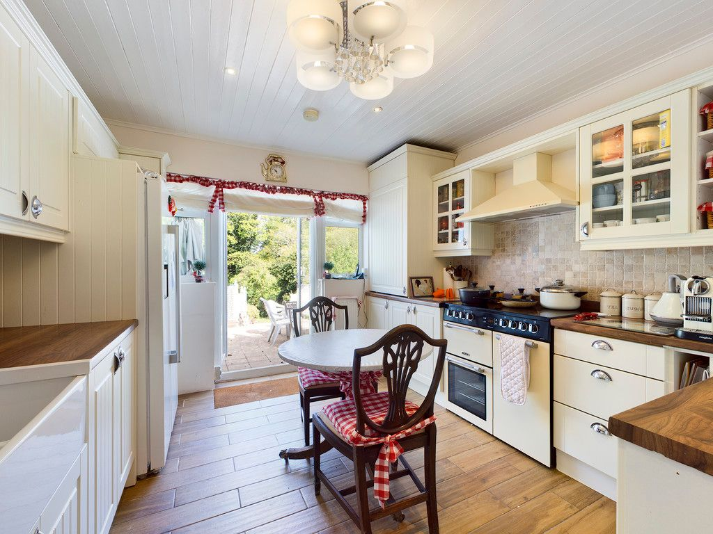 4 bed house for sale in Hammersley Lane, High Wycombe  - Property Image 6