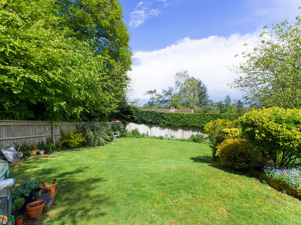 3 bed house for sale in Downley Common, Downley 2