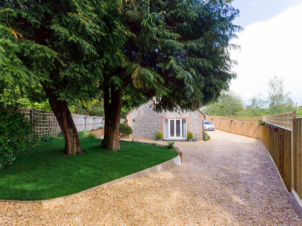 3 bed house for sale in Downley Common, Downley 14