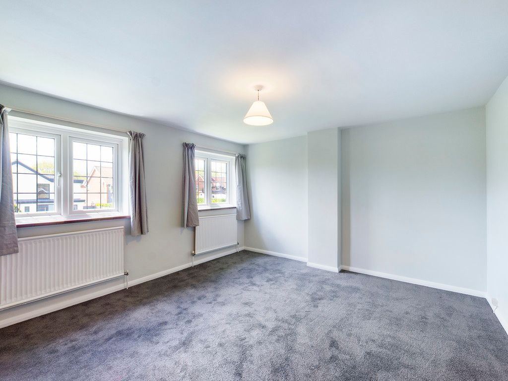 3 bed house for sale in Village Road, Coleshill, Amersham 6
