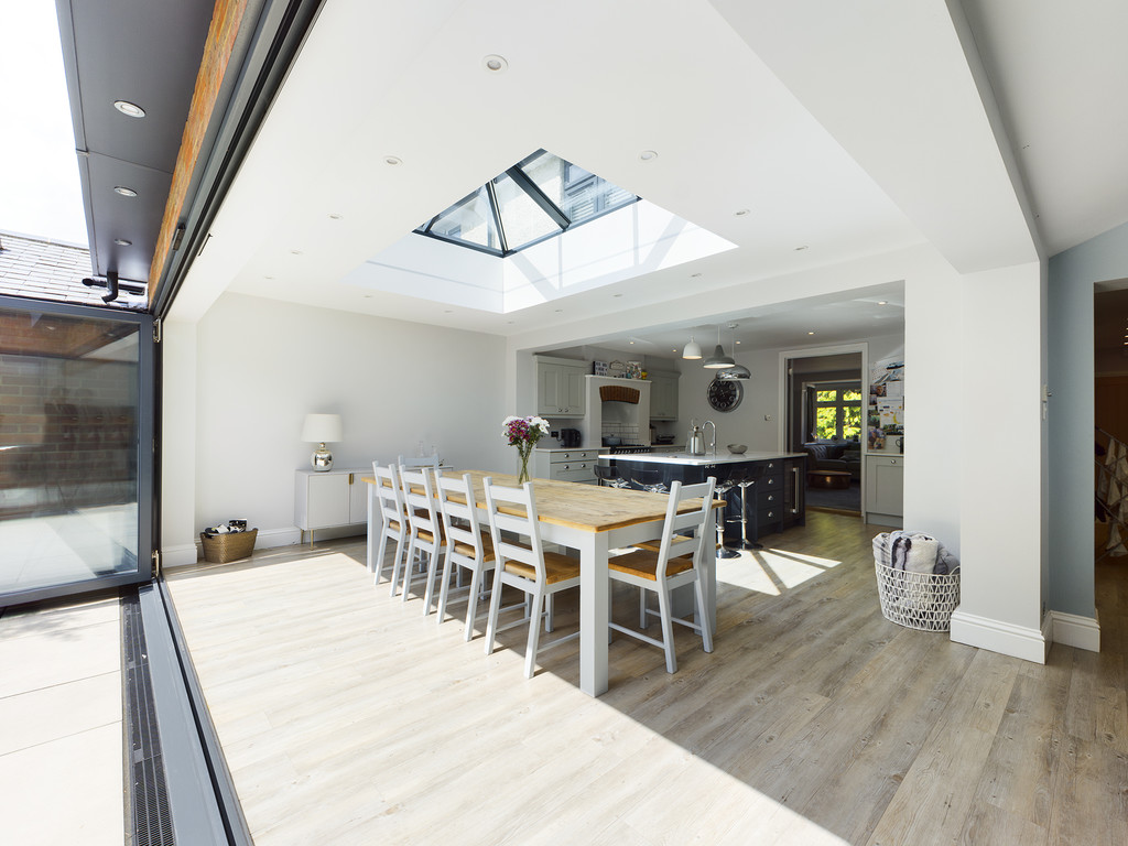 5 bed house for sale in Sawpit Hill, Hazlemere  - Property Image 12