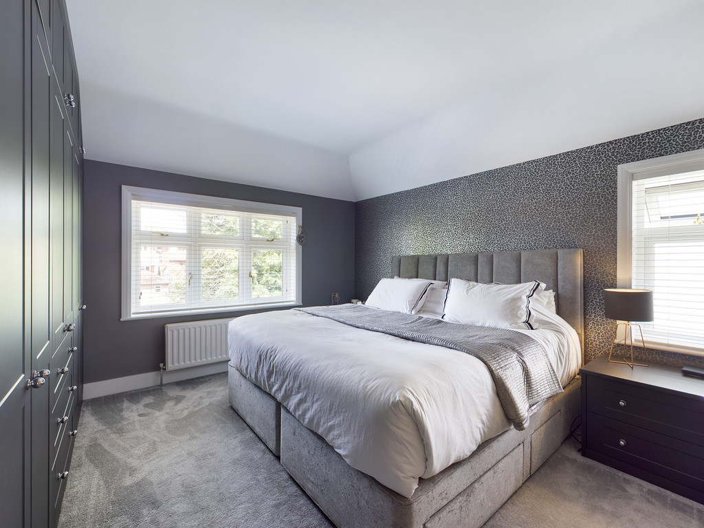 5 bed house for sale in Sawpit Hill, Hazlemere  - Property Image 6
