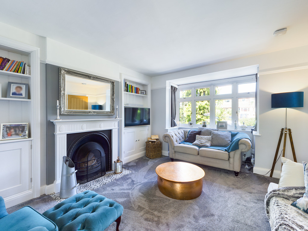 5 bed house for sale in Sawpit Hill, Hazlemere 9