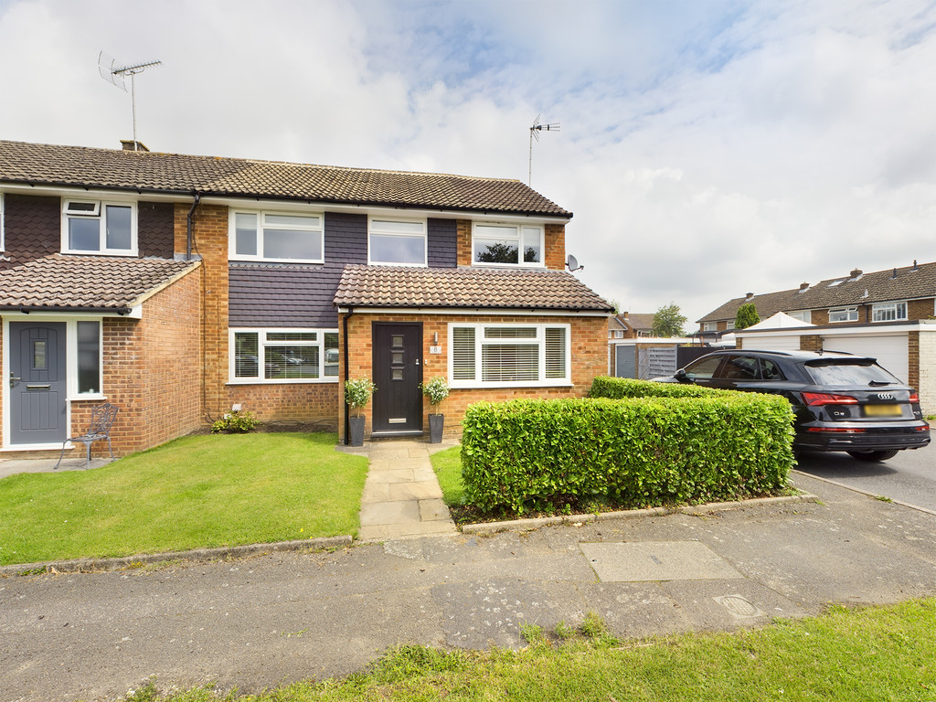 4 bed house for sale in Bowler Lea, Downley, High Wycombe, HP13