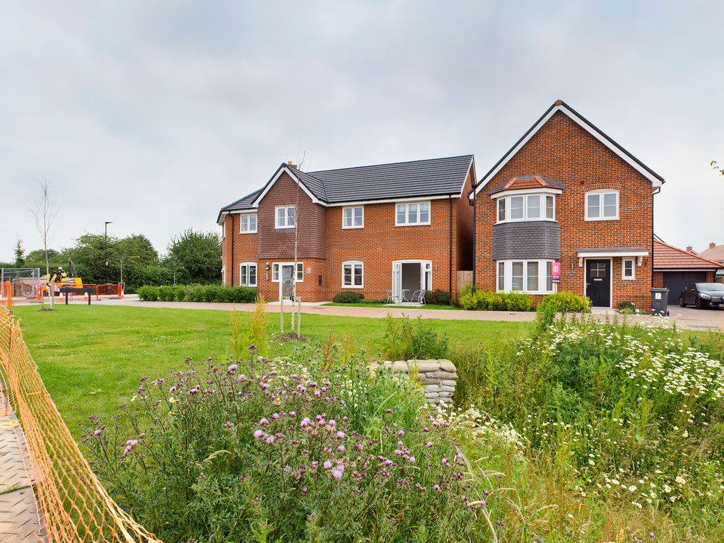 1 bed flat for sale in Harvest Walk, Longwick, HP27