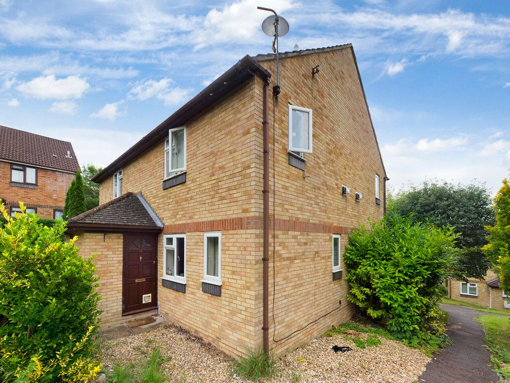 1 bed house to rent in Cairnside, High Wycombe, HP13