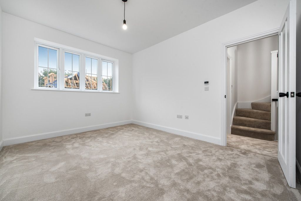4 bed house for sale in The Coppice, Stokenchurch 12