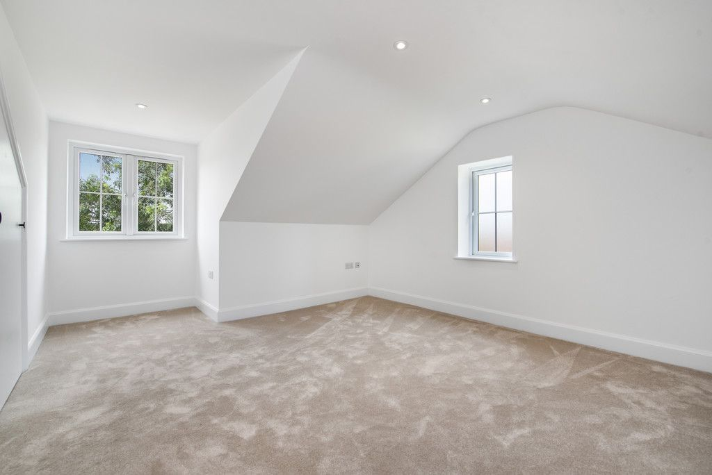 4 bed house for sale in The Coppice, Stokenchurch  - Property Image 14