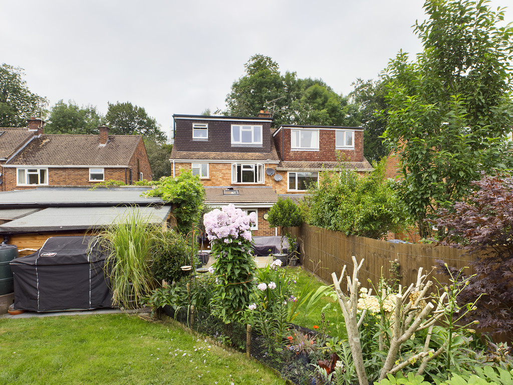 5 bed house for sale in The Warren, Hazlemere  - Property Image 3