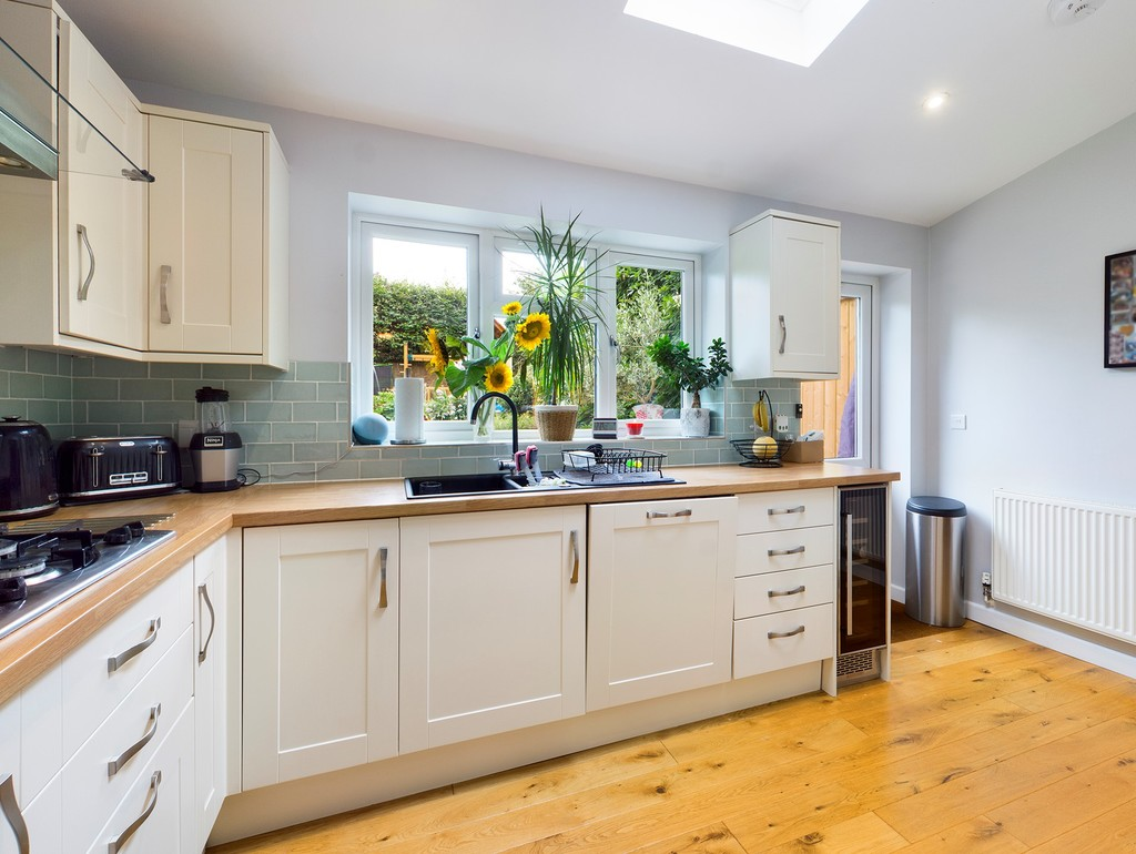5 bed house for sale in The Warren, Hazlemere  - Property Image 5