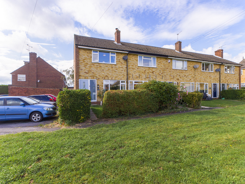 2 bed house for sale, HP15