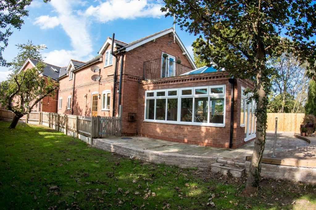 5 bed house for sale in Birch Tree Cottage, Penyfford 1