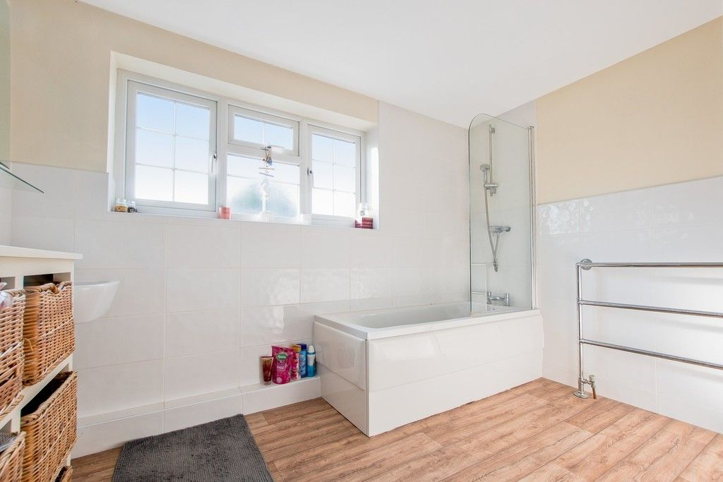 4 bed  for sale in Whitegate, Cheshire 11