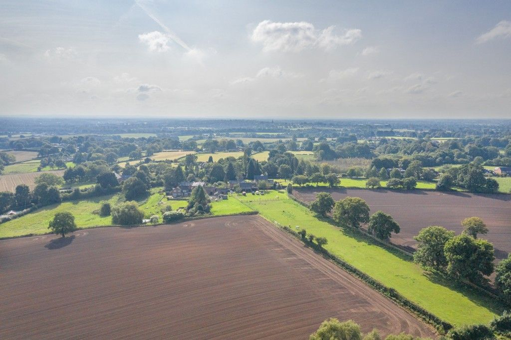 4 bed  for sale in Whitegate, Cheshire  - Property Image 17