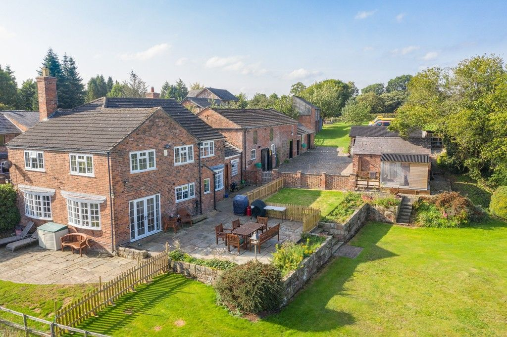 4 bed  for sale in Whitegate, Cheshire 3