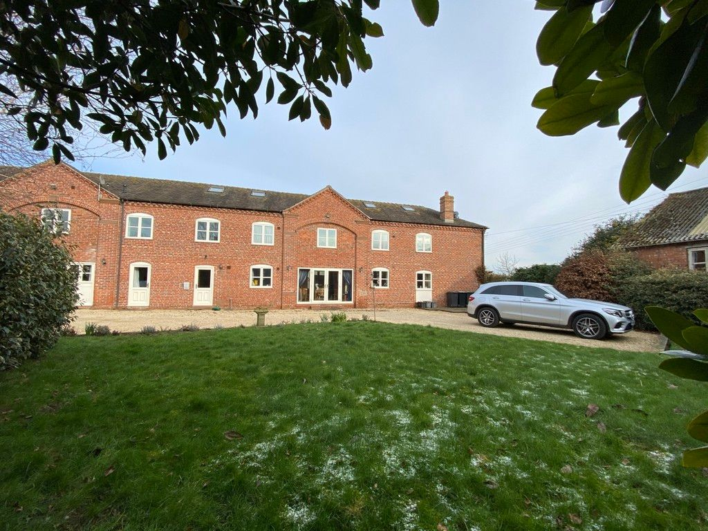 5 bed  to rent in Market Drayton, Shropshire 3