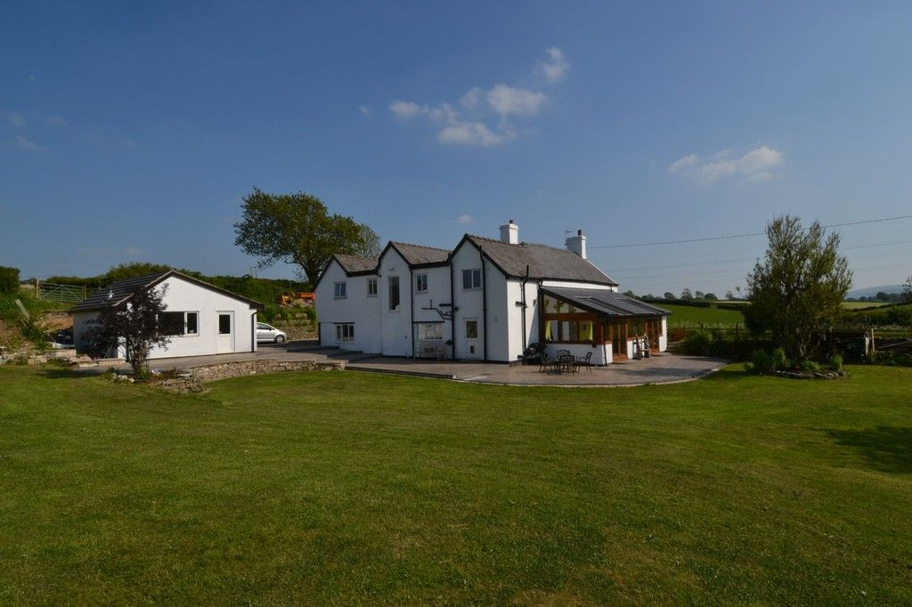 4 bed  for sale in Holywell, Flintshire  - Property Image 1